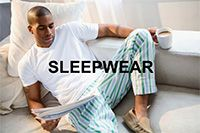 Мужские ночные рубашки возвращаются https://mensby.com/style/stylist/3297-nightgowns-back-mans-wardrobe  Мужские ночные рубашки мы с улыбкой наблюдаем в старых фильмах, правда теперь этот атрибут гардероба возвращается в наши спальни.