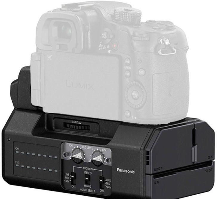 Offerta del mese! Unità di Interfaccia Panasonic DMW-YAGH progettata per l'utilizzo con la fotocamera Lumix DMC-GH4.  - QUALITA' delle uscite SDI - VERSATILITA' degli ingressi XLR Info: https://www.adcom.it/it/ripresa-registrazione/fotocamere-digitali/fotocamere-accessori/panasonic-dmw-yaghe/p_n_14_314_2760_34072