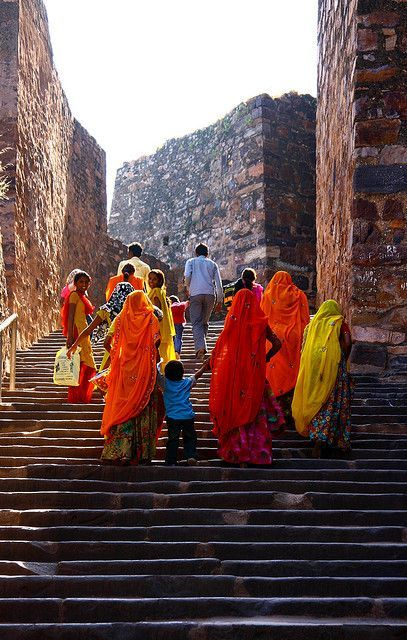 Women on their way up | Ranthambhore Fort, Rajasthan, India