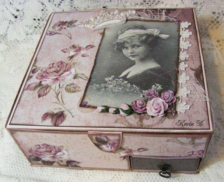 http://karins-kortemakeri.blogspot.no/2012/03/mal-pa-telyseske-med-skuffer.html