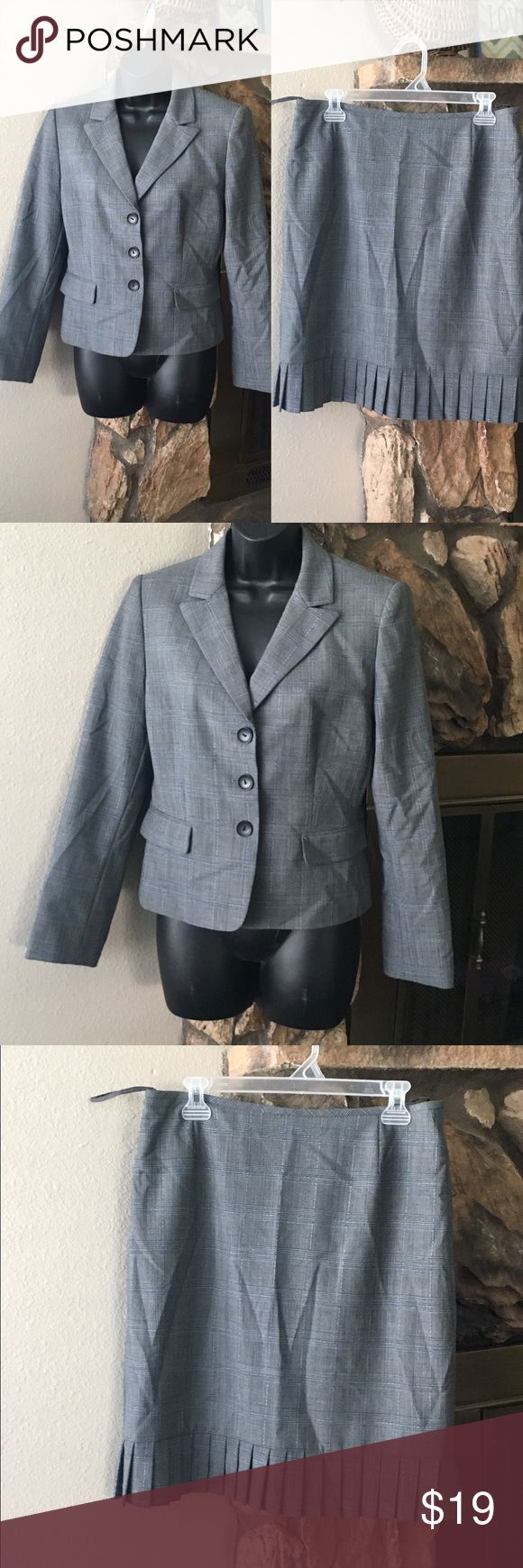 """Tahari 2-piece trumpet skirt suit size 10p Gently used  Blazer/Skirt trumpet pleated 10P  Dry clean only  Skirt length laying flat 21.5  Waist 32""""  Blazer  Shoulder to shoulder 16""""  Pit to pit 19"""" Length 22""""  Sleeve length 23.5"""" Tahari Skirts Skirt Sets"""