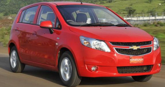 Chevrolet Sail U-VA Chevrolet Sail Hatchback and Sedan Cars Indian Review in Hindi. Complete car review interior and exterior https://www.youtube.com/watch?v=HUYa6IhsCZc