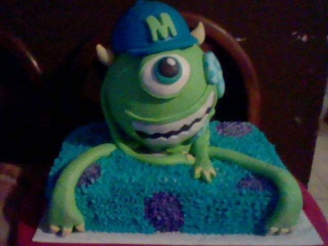 Monster University - Mike Wazowski CakeMonster University Mike Wazowski Cake