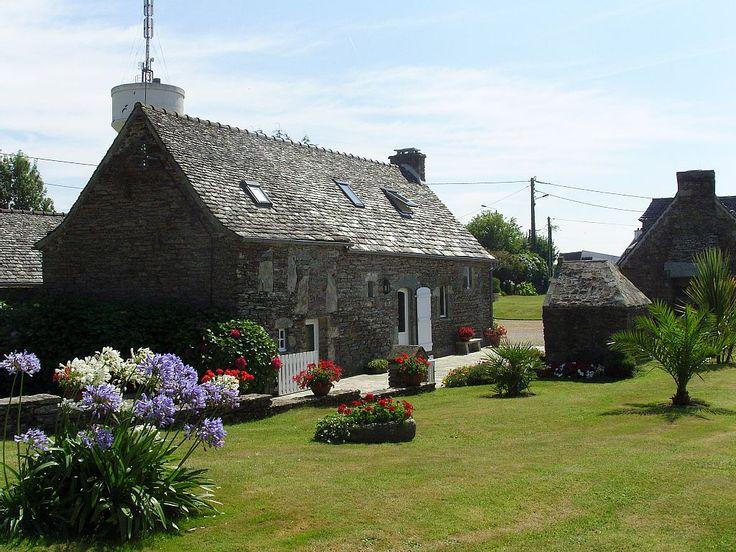 Locquirec cottage rental