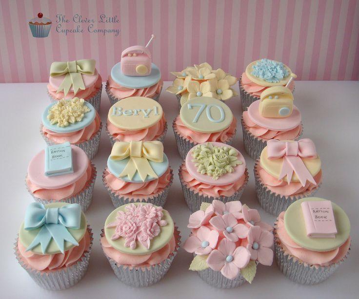 ... cupcakes ... auf Pinterest  Weihnachts-Cupcakes, Monster Cupcakes und