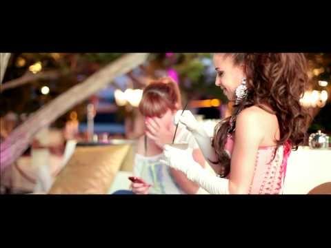 Ibiza Privé es el Shopping online de productos exclusivos con esencia ibicenca : moda, complementos, perfumes, cosméticos. International Shipping.