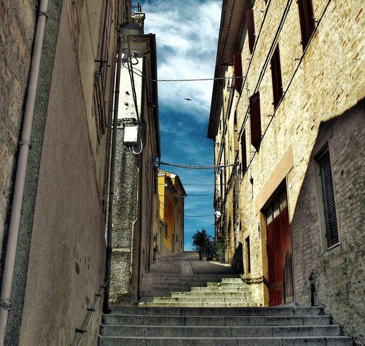 #potenzaPicena - Un #labirinto di viuzze, #scalinate e #piazzette