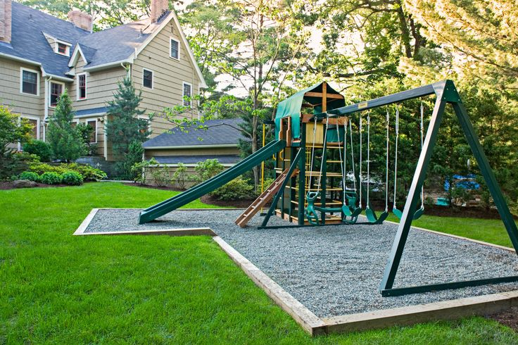 Take a glimpse in the following images of 12 backyard children's play area for your little treasures