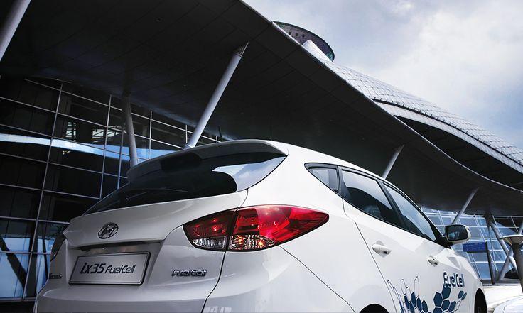 """Prognozy rynku  Na rynku motoryzacyjnym obserwowany jest trend, zgodnie z którym oferowanych jest coraz więcej """"zielonych"""" samochodów. To odpowiedź na rosnące wśród nabywców zapotrzebowanie na samochody przyjazne środowisku."""