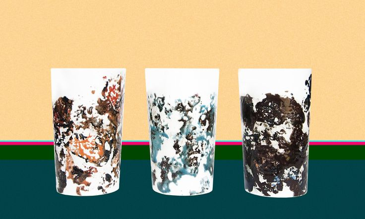 Studio Mud : abstract painting on ceramic mugs