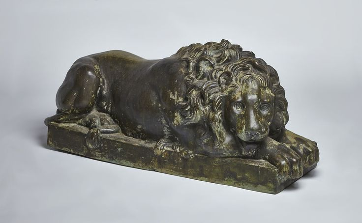 Large cast bronze Italian recumbent lion from the late 18th to mid 19th Century. Purchased from a seaside estate in Capri, Italy