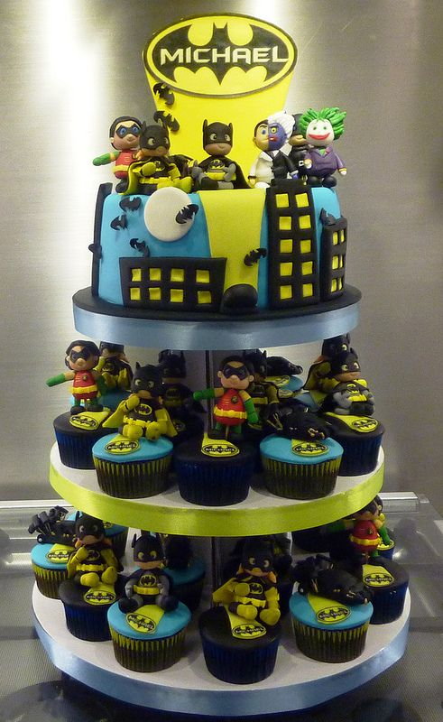 Batman Cakes And Cupcakes