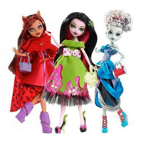 Monster High Scarily Ever After Scary Tales 3 Dolls Draculaura Frankie Clawdeen