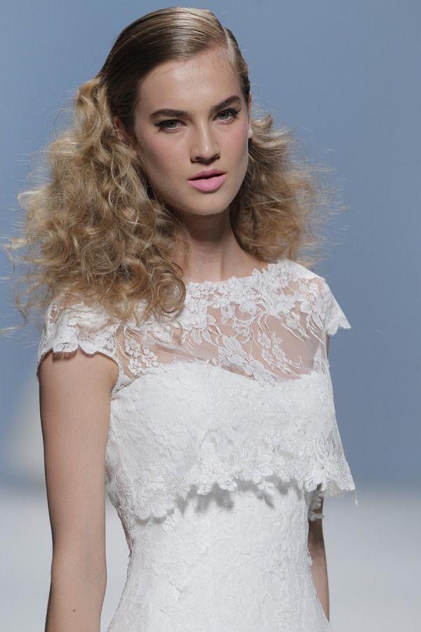 48 best Brautkleid Hanbok images on Pinterest | Bridle dress, Modern ...