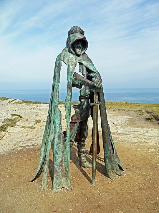 The new statue of King Arthur on the top of Tintagel cliffs. Created by Rubin Eynon