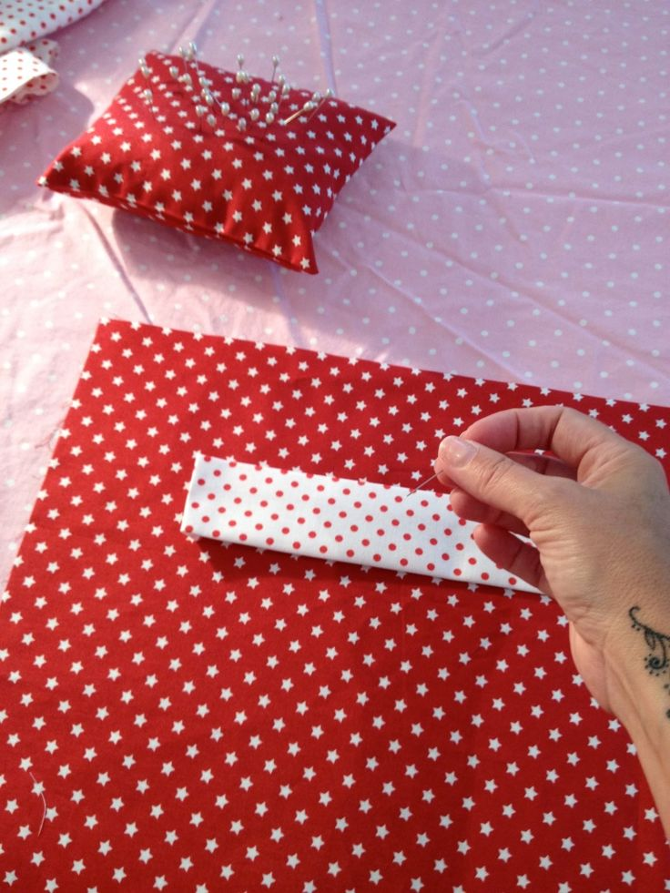 How to Make a Santa Sack #Christmas #sewing #stocking