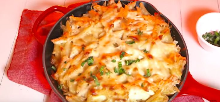 ChickenAlfredoSkillet   Check Out This Pasta Recipe That's Super Easy to Prep