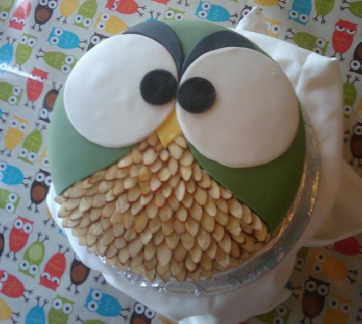 Angry Owl Cake