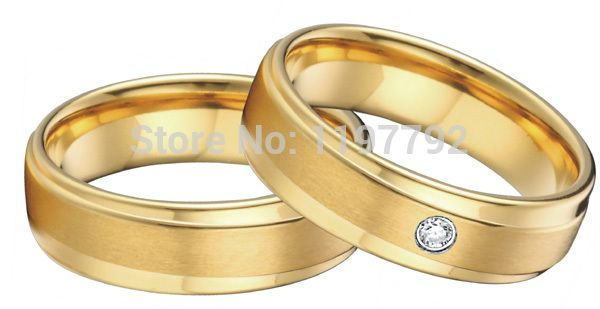 Tailor made 18 К желтый позолота здоровья хирургическая сталь титан обручальные кольца наборы для пары мужчины женщины