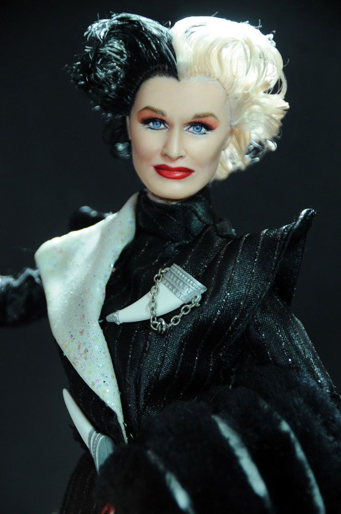 ooak glenn close cruella devil 101 dalmatians doll. Black Bedroom Furniture Sets. Home Design Ideas