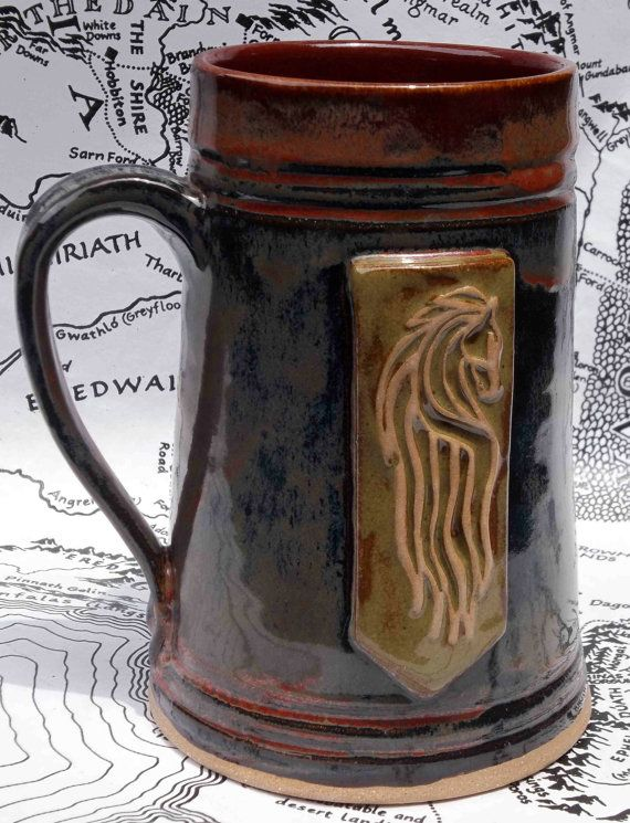 Beautiful mug of Rohan with the white horse of the banner of Rohan on the front…