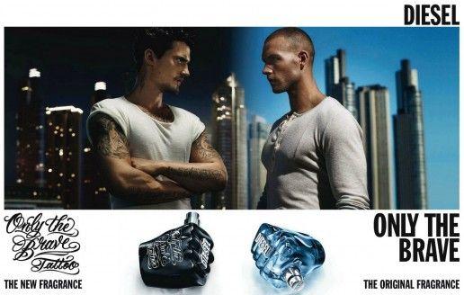 """L'estil Tattoo arriba al disseny de productes, un exemple la fragància """"Only the Brave Tattoo"""", de la companyia Diesel."""