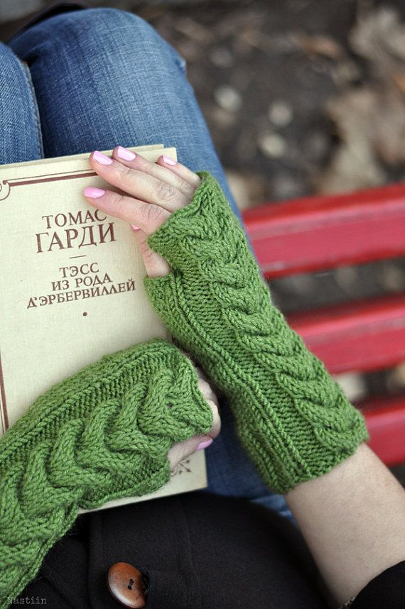 Knit green fingerless mittens / cable aran knit gloves by Nastiin
