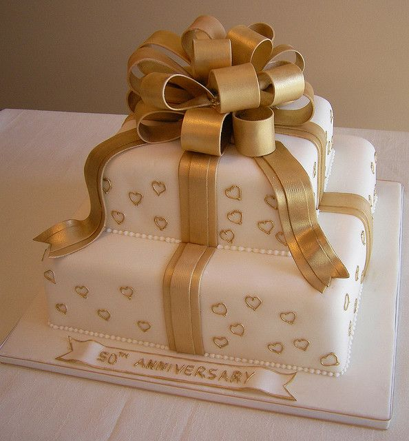 50th Wedding Anniversary Cake by cakespace - Beth (Chantilly Cake Designs), via Flickr