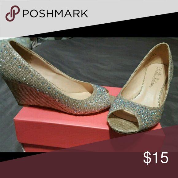 Diamond light gold Wedding heels Lightly used Shoes Wedges