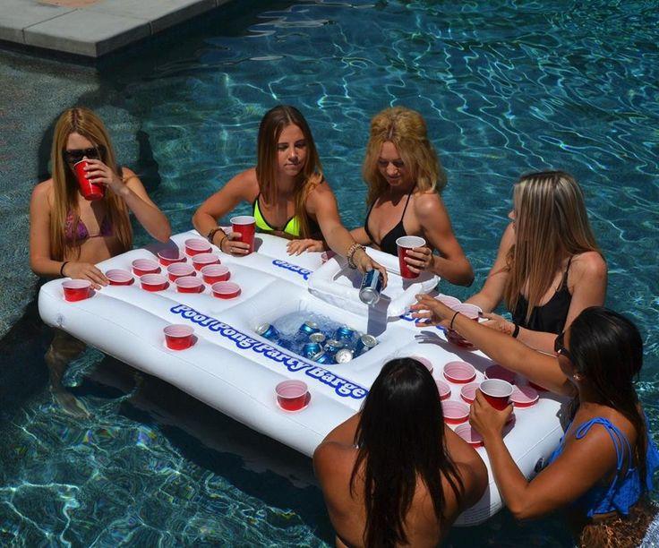 Mesa Beer Pong inflable con hielera GARANTIZA TU DIVERSIÓN CON EL NUEVO BEER PONG INFLABLE PARA ALBERCA, ÚNICO CON HIELERA INTEGRADA CON UNA CAPACIDAD DE 18 LATAS. INCLUYE 6 PELOTAS.
