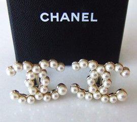 New 2013 Chanel Lg Runway Pearl Gold CC Earrings Box Ribbon