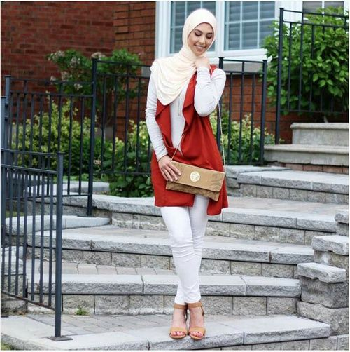 Trendy and chic hijab looks http://www.justtrendygirls.com/trendy-and-chic-hijab-looks/