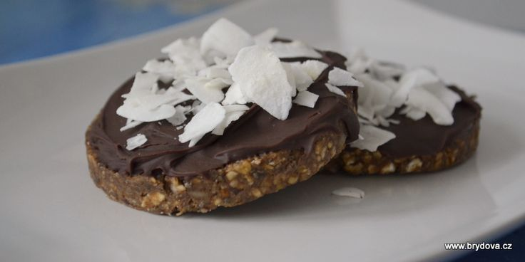 Datlovo-ořechové zákusky