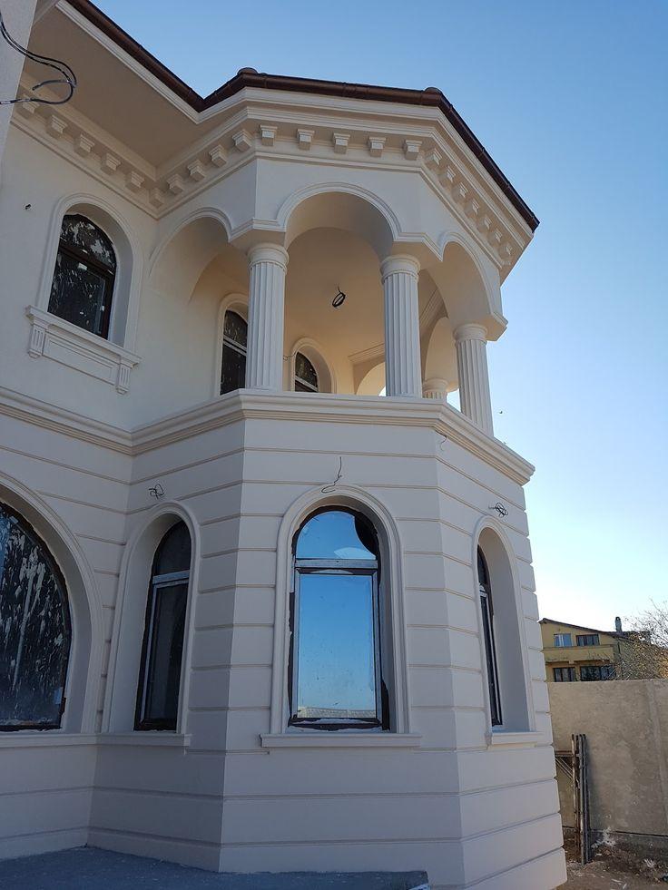 Panou decorativ bovindou fatada casa si coloane CoArtCo