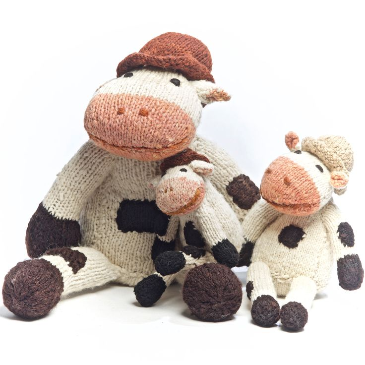 Shamba Cow Family by the Kenana Knitters in Kenya. Distributed by Kenana Down Under.