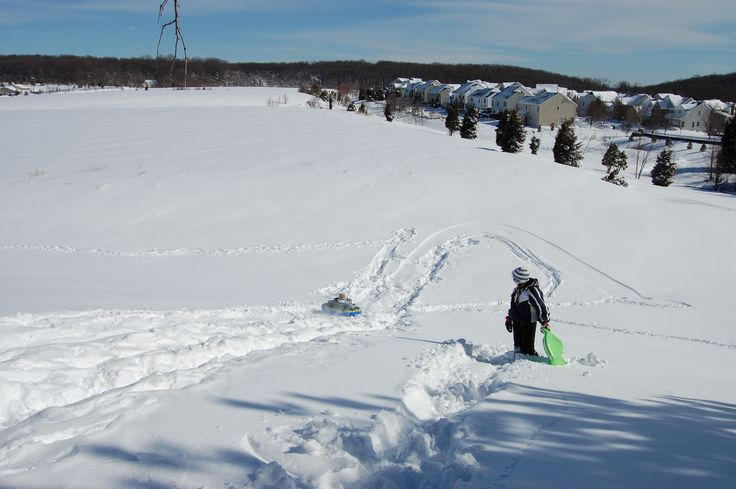 photos of safe sledding hill