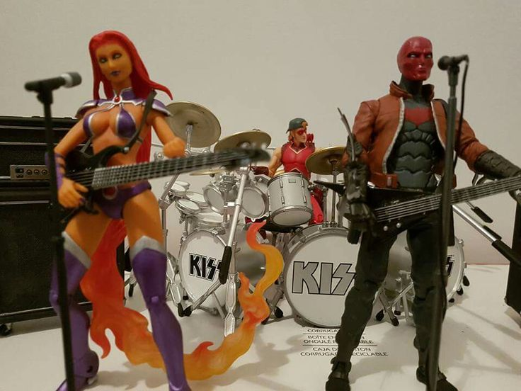 Redhood and The Outlaws
