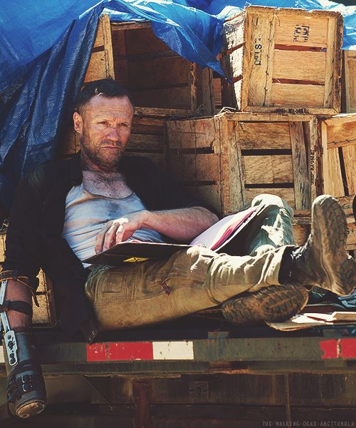 Michael Rooker on set
