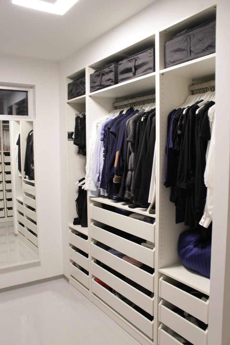 Walk-in-closet, exactly how I want to transform!