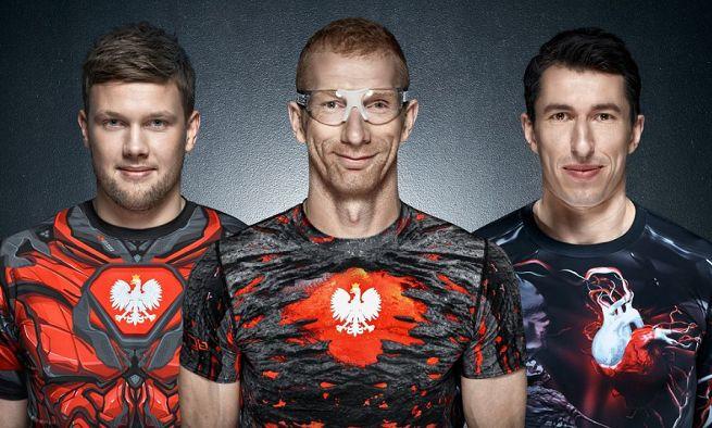 """""""Poczuj dumę"""" - piłkarze ręczni z nowoczesnym patriotyzmem promują odzież Surge…"""