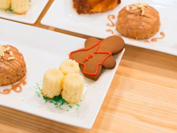 Gingerbread Cookie recipe from Holiday Baking Championship via Food Network