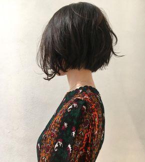 """133 Likes, 6 Comments - Satoshi Matsumoto (@mtmtsts) on Instagram: """"お客様スタイル ショート風ボブ 顔にかかる髪がtrès Co✨✨✨oool 気分軽さと抜け感のあるボブショートです カット¥7200 #hair #bob #shima…"""""""