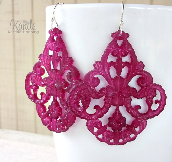 Plum Chandelier Earrings Vintage Lucite Gypsy Fashion by Kande, $19.50: Gypsy Fashion, Fashion Silver, Lucite Gypsy, Gypsy Styles, Roxann Earrings, Plum Chandeliers, Earrings Vintage, Chandeliers Earrings, Vintage Lucite