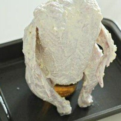 Курица, запечённая в духовке на банке с пивом  Вот, на мой взгляд, гениальный рецепт: курица, запечённая в духовке на... Коллекция Рецептов - Мой Мир@Mail.ru