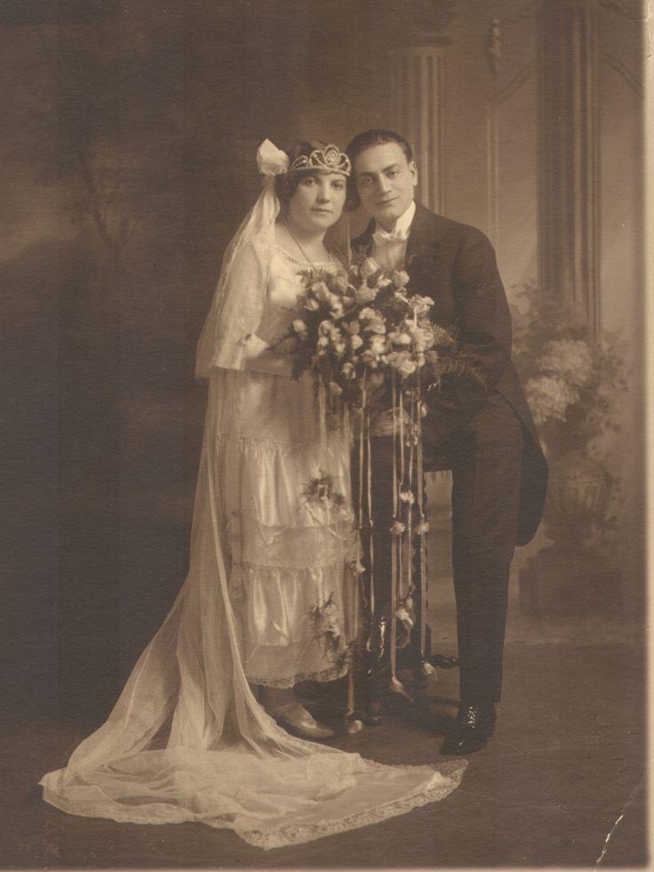 1925 bridal couple.