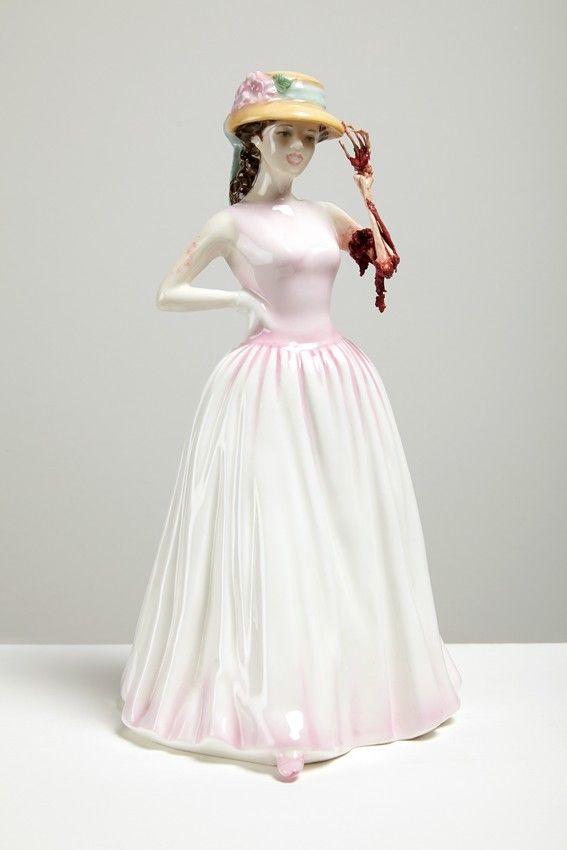 Керамические скульптуры Jessica Harrison \ Art  Шотландская художница Джессика Гаррисон (Jessica Harrison) создает оригинальные и жутковатые скульптуры из керамики. Джессика родилась в 1982 году. Окончила два высших учебных заведения.