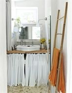 White bathroom with storage Inspired by IKEA