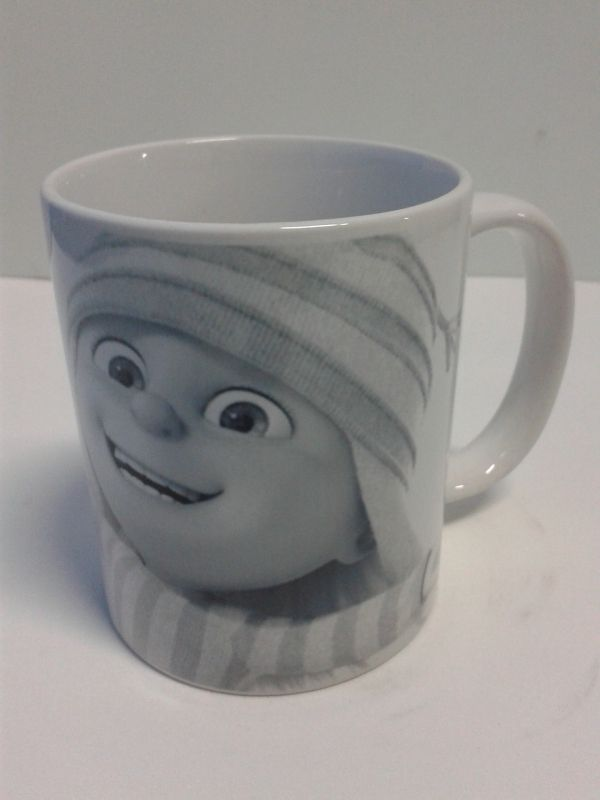 Arma tus sorpresas en Mugs decorativos de cerámica con Edith para una fiesta de Mi Villano Favorito. #FiestasInfantiles #Detalles #MugsDecorativos