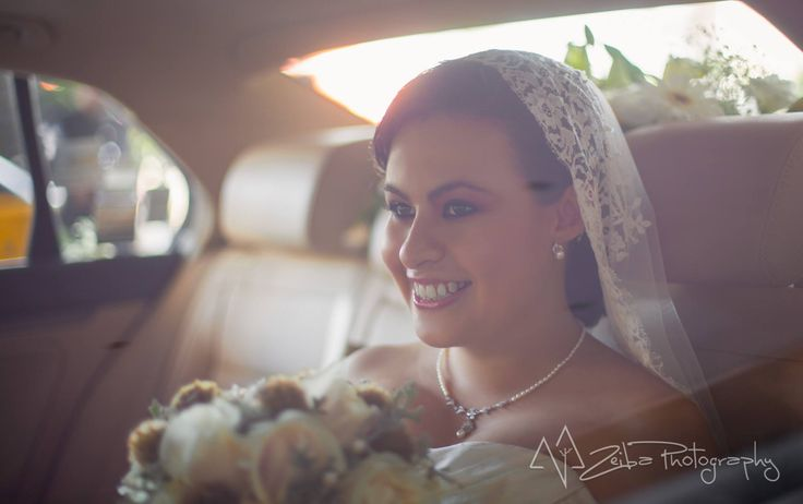 Zeiba Photography – Destination Weddings in the Yucatan Peninsula. The happiest smile after  getting married