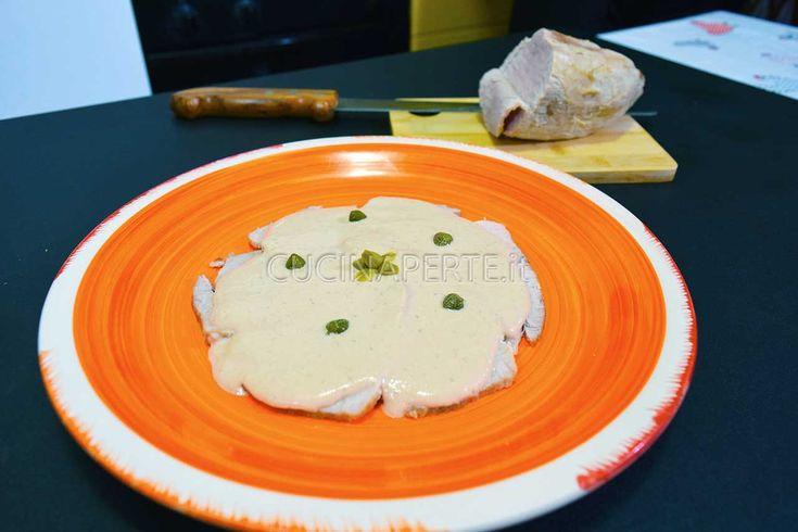 Il vitello tonnato è un piatto di origini piemontesi adatto come antipasto. Si prepara principalmente utilizzando il girello o magatello.